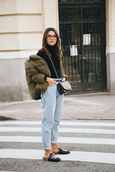 How To Wear Mom Jeans For You